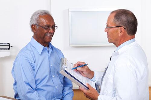 El radiólogo y la consulta con el paciente.